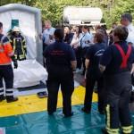 Aus dem Landkreis Wolfenbüttel kamen Feuerwehrleute nach Celle um den Feuerwehrfrauen die Abarbeitung eines Gefahrgutunfalles näher zu bringen.