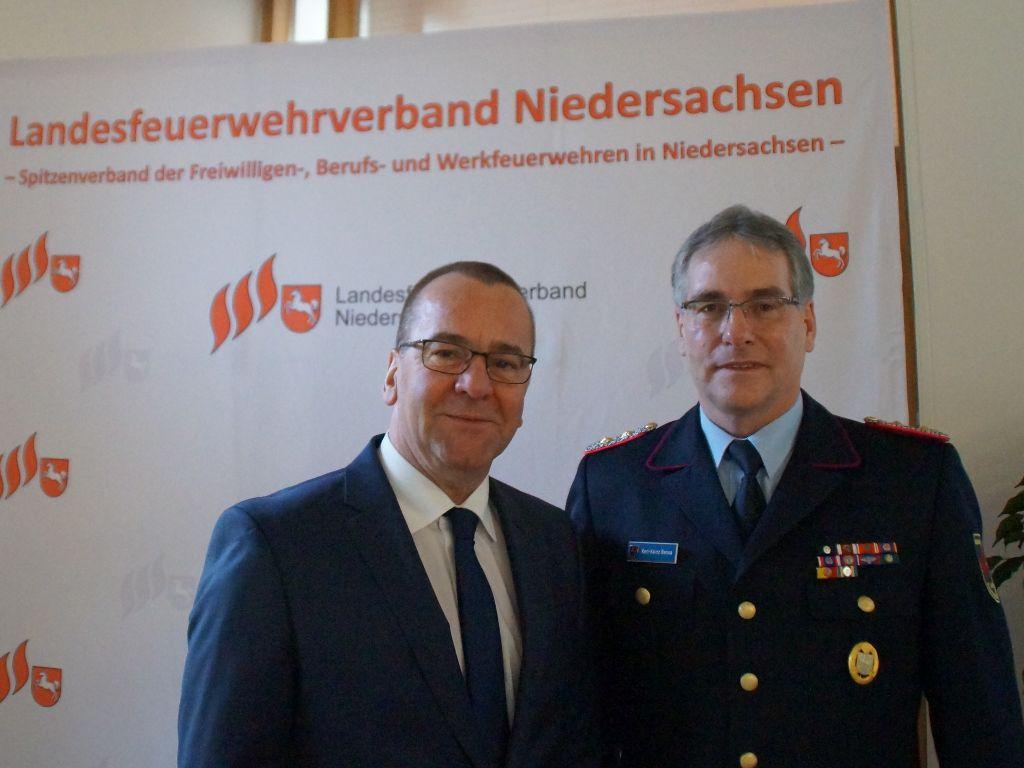 Niedersachsens Innenminister Boris Pistorius und LFV-Präsident Karl-Heinz Banse.