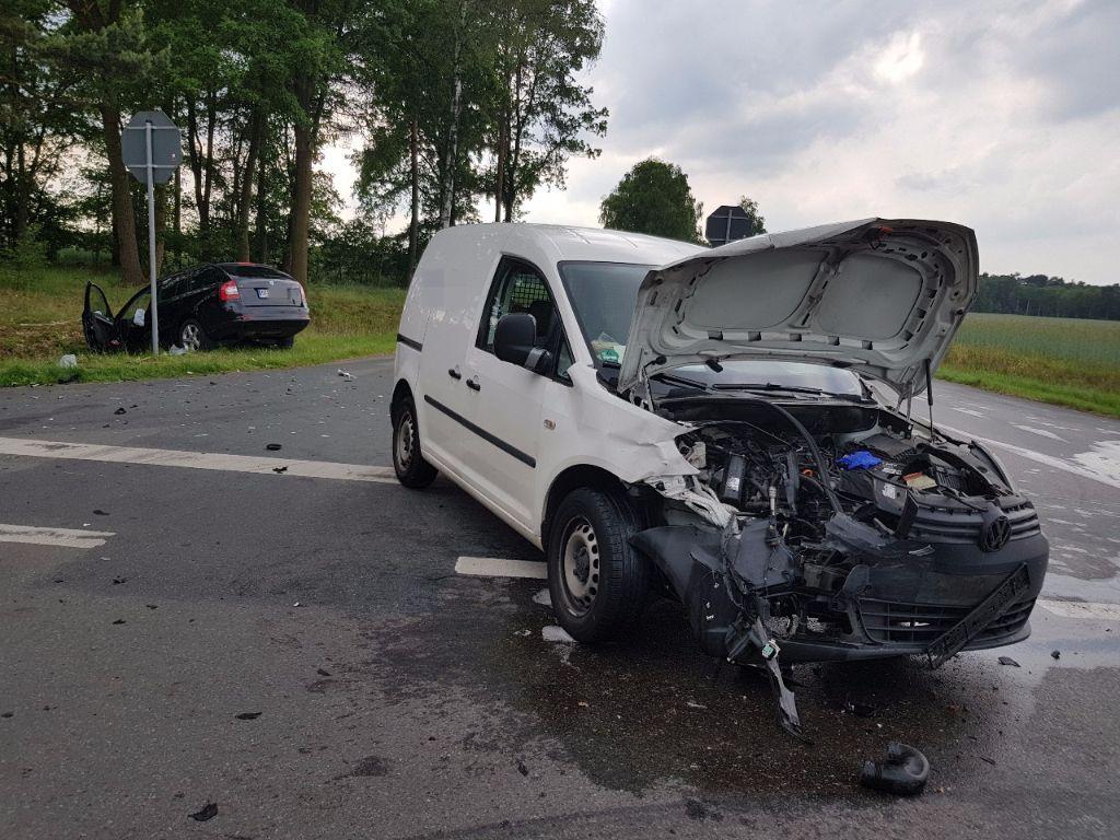 03.06.2017 – Schwerer Unfall bei Wesendorf - Landesfeuerwehrverband ...