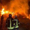07.11.2019 – Erst nach 14 Stunden Feuer aus-Strohballen brennen bei Mörse
