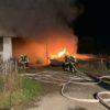 13.10.2020 – Lagerhalle steht samt landwirtschaftlicher Maschinen in Flammen