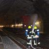 300 Feuerwehrfrauen und -männer üben im Eichenbergtunnel